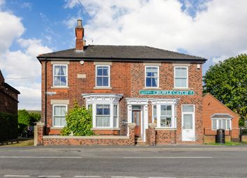 Thumbnail 4 bed property for sale in High Street, Crowle, Lincolnshire