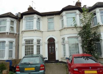 Thumbnail 1 bed flat to rent in Cambridge Road, Seven Kings, Ilford