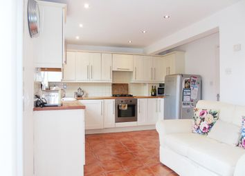 Thumbnail 4 bed town house for sale in Petrel Close, Penarth