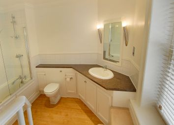 Thumbnail 1 bed flat to rent in Queen Anne Street, Marylebone Village, London W1.