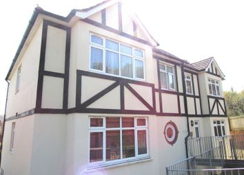 2 bed flat to rent in Mile Oak Road, Portslade, Brighton BN41