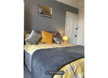 Thumbnail Room to rent in Devon Square, Newton Abbot