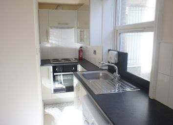 Thumbnail 1 bedroom flat to rent in Archway Road, Highgate, London