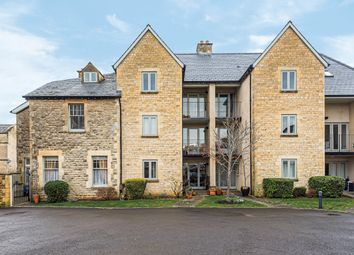 Thumbnail 2 bed flat for sale in London Road, Cirencester