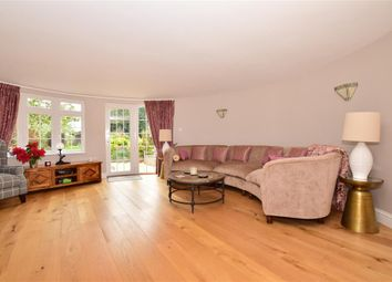 4 bed property for sale in Lucks Lane, Paddock Wood, Tonbridge, Kent TN12