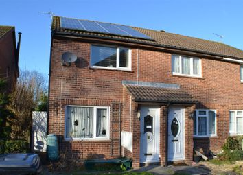 Thumbnail 2 bed property to rent in Titchfield Close, Tadley