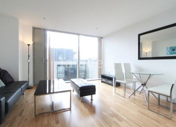 Thumbnail 1 bed flat to rent in Landmark West Tower, Marsh Wall, Canary Wharf