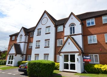 Thumbnail 2 bed flat to rent in Littlebrook Avenue, Burnham, Slough