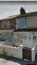 Thumbnail Room to rent in Biscot Road, Luton, Luton