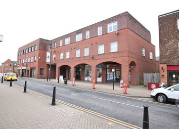 2 bed flat to rent in Manhattan Place, High Street, Crowthorne, Berkshire RG45