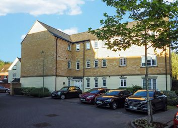2 bed flat to rent in Harvest Grove, Witney, Oxfordshire OX28