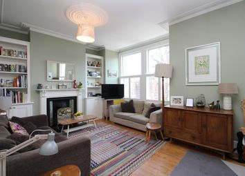 Thumbnail 4 bedroom flat to rent in Princes Avenue, London