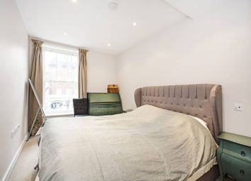 Thumbnail 2 bedroom flat for sale in Marlborough House, South Hampstead
