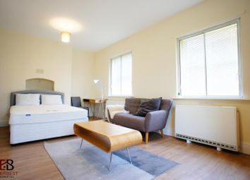 Room to rent in EE, Victoria Square, Jesmond, Newcastle Upon Tyne NE2