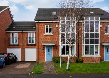 4 bed property for sale in Catlin Crescent, Shepperton TW17