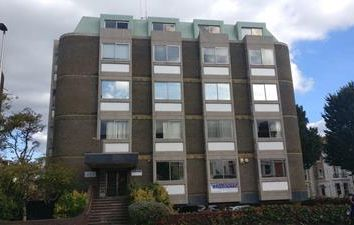 Thumbnail Office to let in 26-28 Gildredge Road, Eastbourne, East Sussex