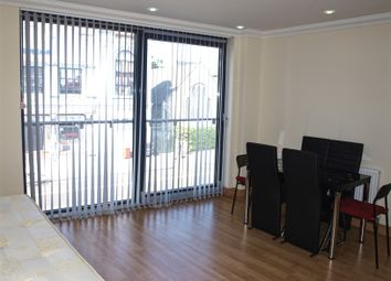 Thumbnail 1 bed flat to rent in Stoke Newington Road, London, Stoke Newington