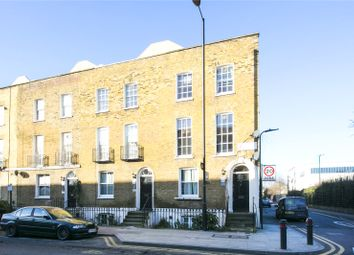 Thumbnail 2 bed flat for sale in Queensbridge Road, Shoreditch