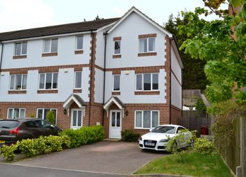Thumbnail 5 bedroom town house for sale in Sailcloth Close, Reading