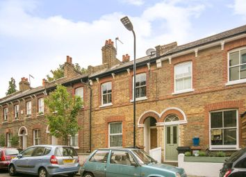 Thumbnail 2 bed flat to rent in Belfast Road, Stoke Newington