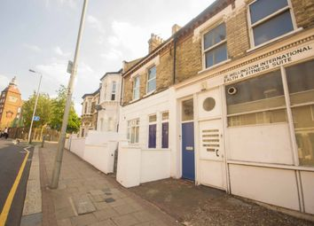 Thumbnail 3 bed flat to rent in Plough Road, Clapham Junction