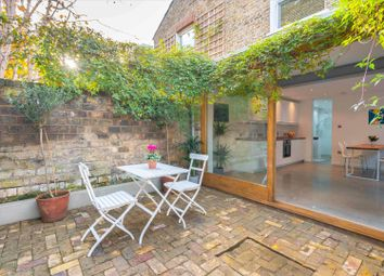 1 bed flat for sale in Peckham Rye, London SE15