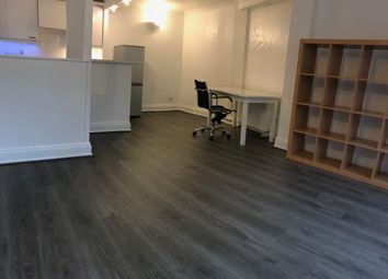 Thumbnail 1 bedroom flat for sale in Hayfield Passage, Stepney Green