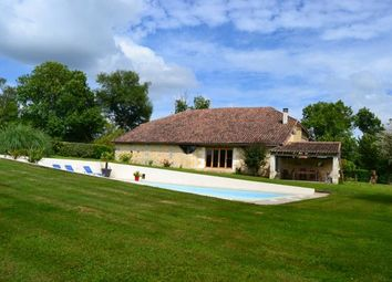 Thumbnail 4 bed farmhouse for sale in Mareuil, Verteillac (Commune), Verteillac, Périgueux, Dordogne, Aquitaine, France