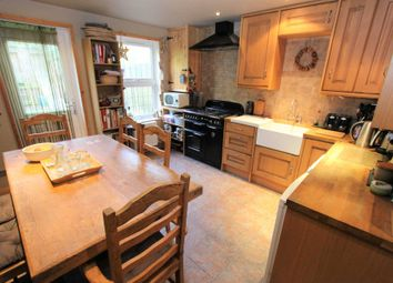 Thumbnail 4 bed town house for sale in Curlew Close, London
