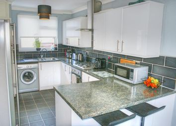 Thumbnail 2 bed town house for sale in Chichester Close, Burnley