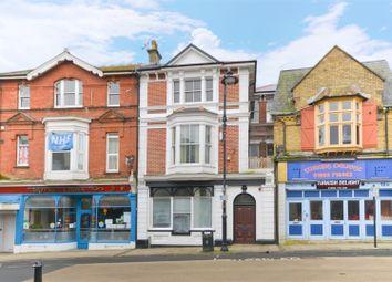 High Street, Sandown PO36. 2 bed property for sale