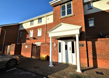 Thumbnail 2 bed flat to rent in Dartmouth Court, Gosport