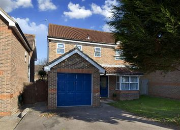 Thumbnail 4 bed detached house to rent in Moorland Road, Maidenbower, Crawley