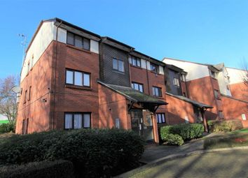 Thumbnail 1 bed flat to rent in Maple Gate, Loughton, Essex