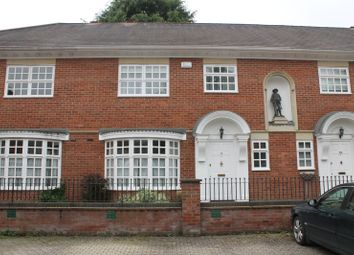 3 bed terraced house to rent in The Chyne, Gerrards Cross, Buckinghamshire SL9