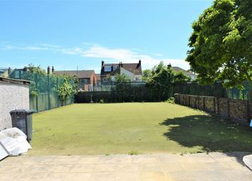 Thumbnail 2 bed flat to rent in Overcliffe, Gravesend