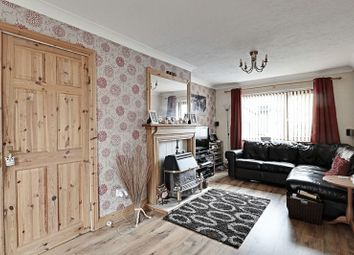 2 bed property for sale in Chadcourt, Hull HU6
