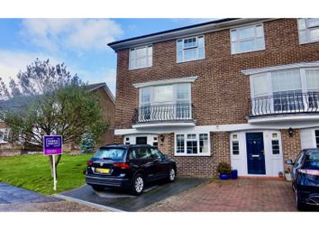 Thumbnail 4 bed town house for sale in Waterside Gardens, Fareham