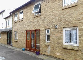Thumbnail 3 bedroom terraced house to rent in Russell Court, Cambridge