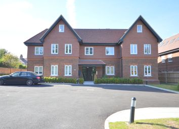Thumbnail 2 bedroom flat for sale in Brighton Road, Banstead