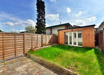 Thumbnail 1 bedroom flat to rent in Henry Road, New Barnet, Barnet