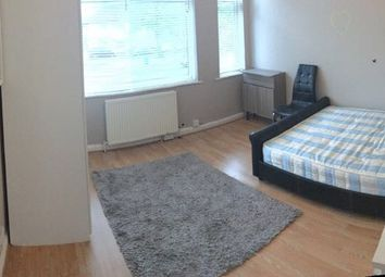 Thumbnail 2 bed flat to rent in Honeypot Lane, London