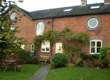 Thumbnail 4 bed link-detached house to rent in Wheelock Court, Mill Lane, Wheelock, Sandbach, Cheshire