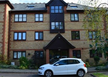 Thumbnail 2 bed flat to rent in College Close, Grays, Essex