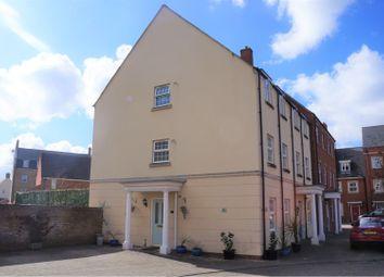 4 bed town house for sale in Havisham Drive, Swindon SN25