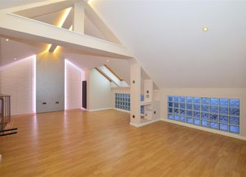 Thumbnail 2 bedroom flat for sale in Holland Road, Maidstone, Kent