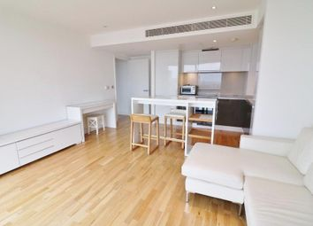 Thumbnail 1 bed flat to rent in The Landmark West Tower, 22 Marsh Wall, London