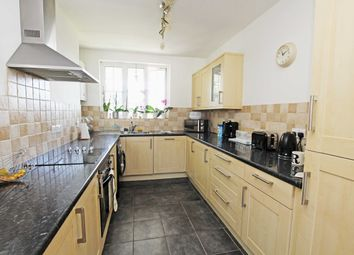 Thumbnail 2 bed flat for sale in Heath Road, Twickenham
