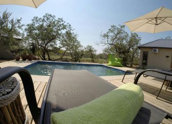 Thumbnail 7 bed lodge for sale in Wag N Bietjie, Hoedspruit, Limpopo Province