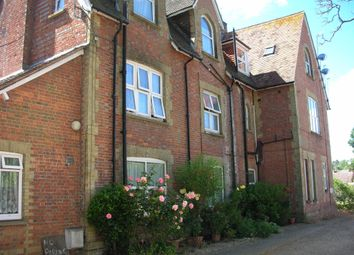 Thumbnail 1 bed flat to rent in Lingfield Road, Edenbridge